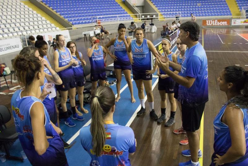 João Camargo será auxiliar-técnico do Brasil no Sul-Americano, em agosto