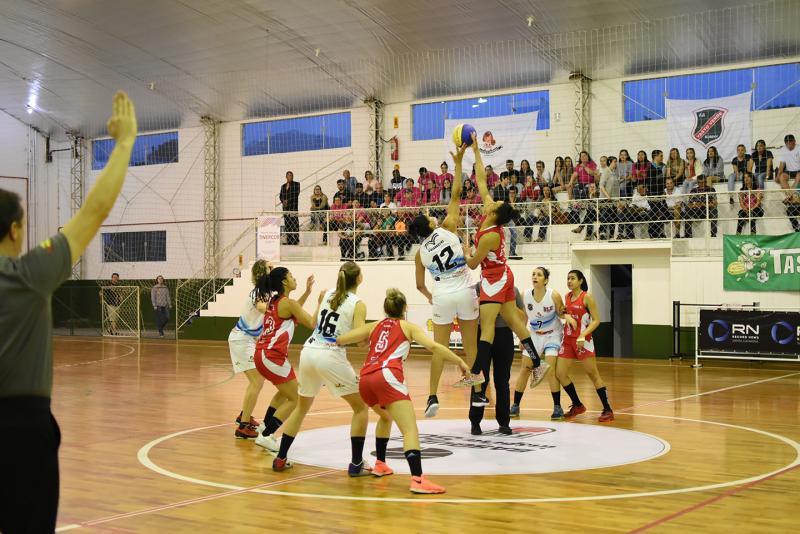 Decisão do Estadual Feminino de Basquete